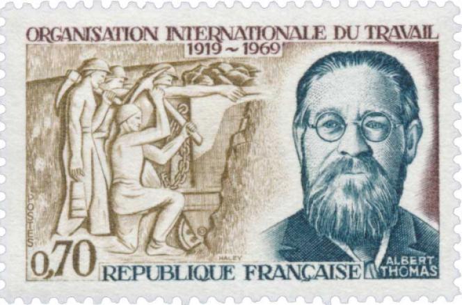 Albert Thomas (1878-1932),timbre dessiné et gravé par Claude Haley, paru en 1969 pour le cinquantenaire de l'Organisation internationale du travail.