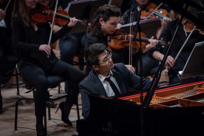 Le pianiste japonaisKenji Miura lors du concoursLong-Thibaud-Crespin à l'auditorium de Radio France, du 8 au 16 novembre 2019.