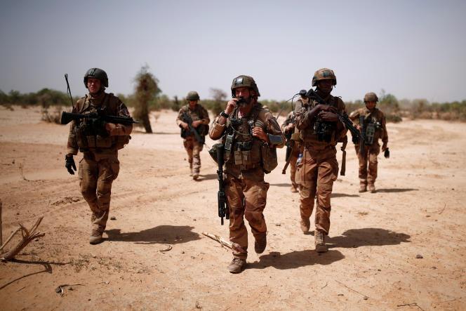 Des soldats français de l'opération« Barkhane» à Ndaki, au nord-est du Mali, en juillet 2019.