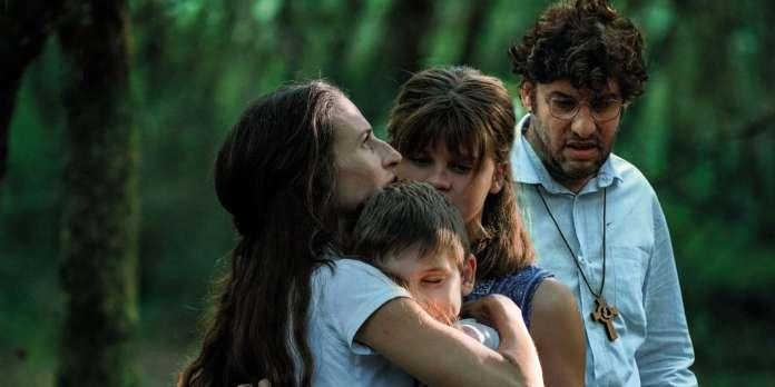 Dans « Les Eblouis », la dérive sectaire d'une famille filmée à hauteur d'enfant