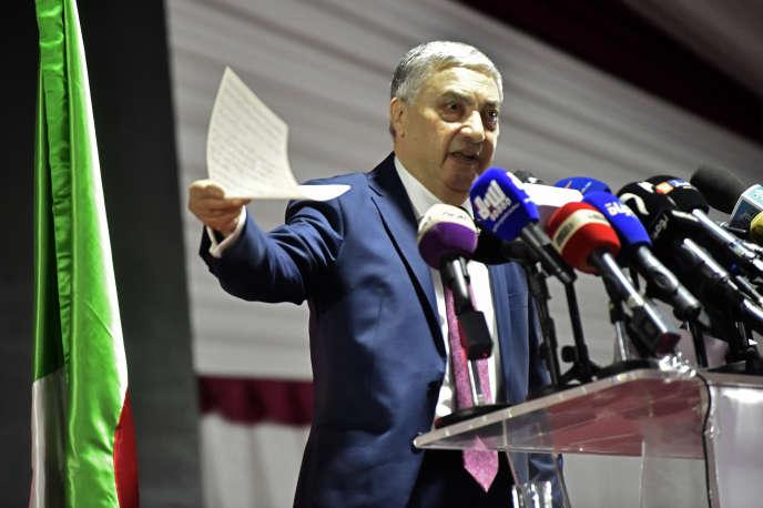 Ali Benflis lors d'une conférence de presse à Alger, le 10 novembre 2019.