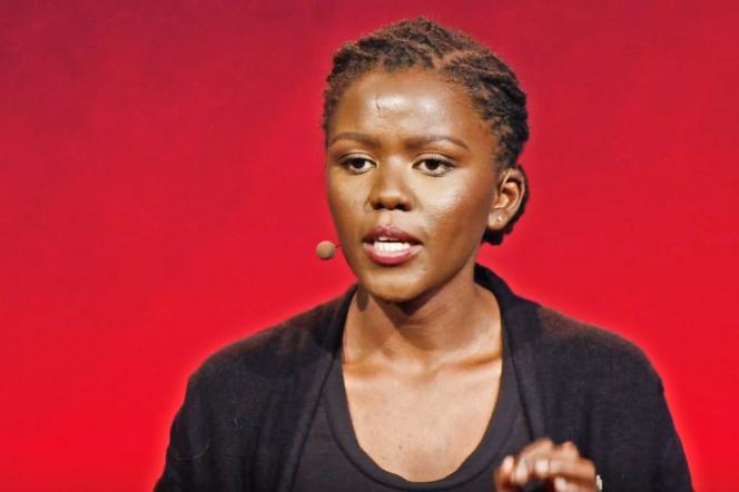 La physicienne Rose Mutiso lors de sa conférence TED à Edimbourg, en Ecosse, en juillet 2019.