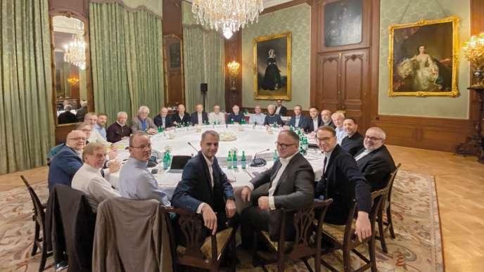Le 14novembre, en Allemagne, les hommes du conseil des gouverneurs de la BCE et une femme, Christine Lagarde, leur patronne.