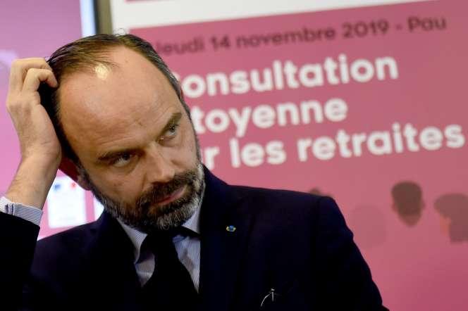 Le premier ministre Edouard Philippe lors d'une consultation sur les retraites le 14 novembre à Pau.