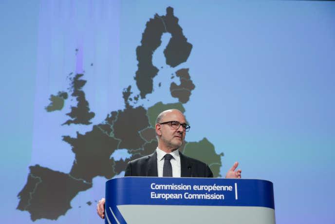 Pierre Moscovici, commissaire européen à l'économie, à Bruxelles, le 7 novembre.