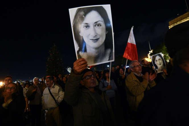 Les manifestants réclament la démission de Joseph Muscat à La Vallette (Malte), le mercredi 20 novembre.