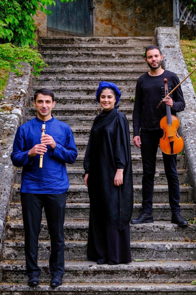 De gauche à droite: Haig Sarikouyoumdjian, Sahar Mohammadi et Jasser Haj Youssef.
