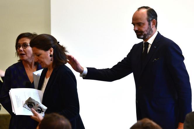 Agnès Buzyn et Edouard Philippe après l'annonce duplan d'urgence pour l'hôpital, à Paris, le 20 novembre.