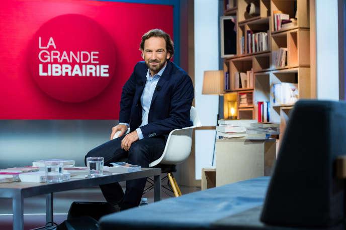 François Busnel, sur le plateau de « La Grande Librairie », le 14 septembre 2017. JEAN-PHILIPPE BALTEL/FTV