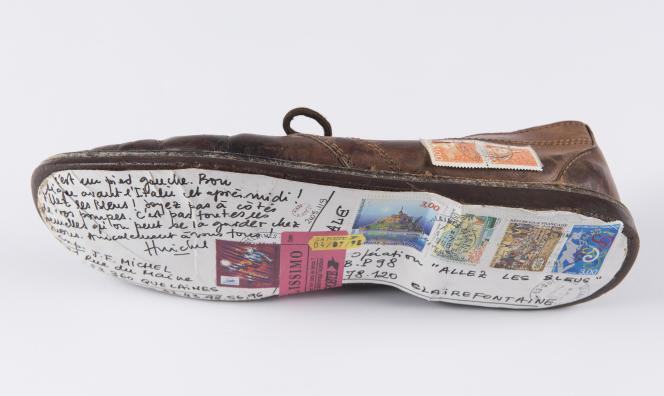 J.-F. Michel, envoi contemporain fantaisiste, encre et collage sur chaussure, 1998.