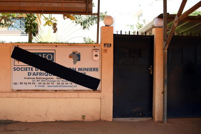 Au siège de la Semafo à Ouagadougou, le 8novembre 2019, deux jours après l'attaque ayant ciblé un convoi de la compagnie minière canadienne.