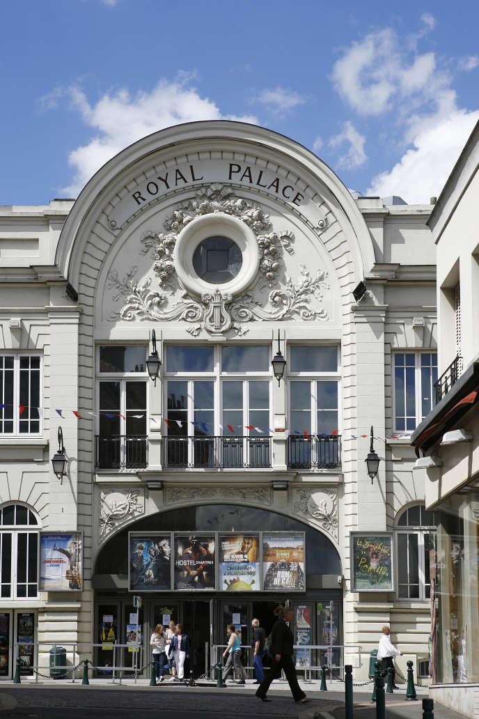 Le Royal Palace, àNogent-sur-Marne, inspiré de l'Art nouveau.
