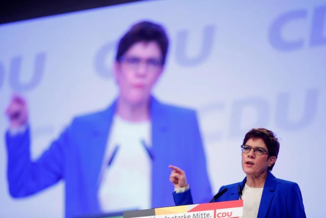La présidente de l'Union chrétienne-démocrate (CDU), Annegret Kramp-Karrenbauer, au congrès du parti, à Leipzig, le 22 novembre.