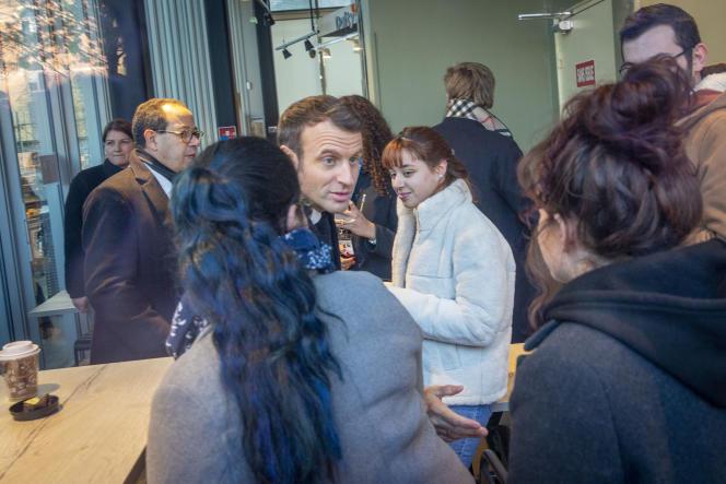 Emmanuel Macron visite l'Université de Picardie - Jules Vernes à Amiens, jeudi 21 novembre.