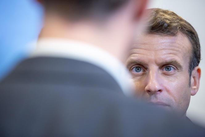 Emmanuel Macron, lors d'une visite à l'université de Picardie Jules-Verne (Amiens), le 21 novembre.