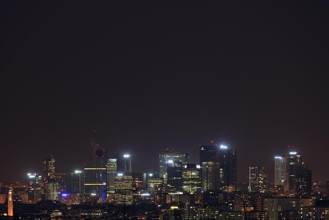 Nuit sur La Défense.