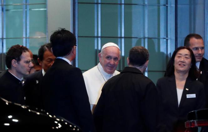 Le pape François à son arrivée au Japon, le 23 novembre.