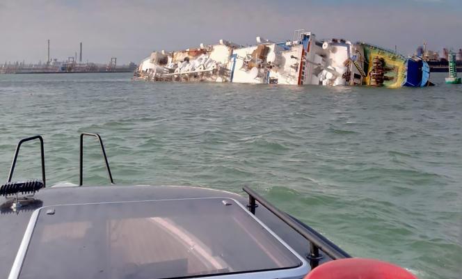 Le« Queen Hind», cargo de 84 mètres, a chaviré dimanche 24 novembre au large de Midia, en Roumanie, avec 14 600 moutons à son bord.