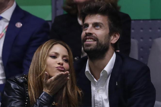 La chanteuse Shakira, qui s'est produite en concert avant la finale de la Coupe Davis, et son mari, Gerard Piqué, organisateur de la compétition.