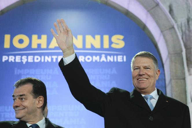 Le président roumain Klaus Iohannis, dimanche 24 novembre à Bucarest.