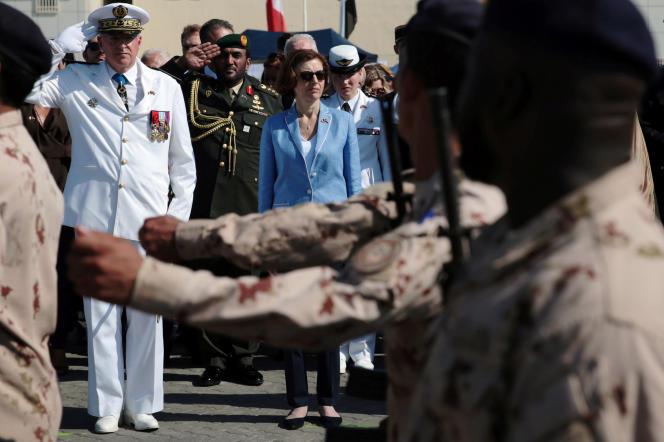 La ministre des armées, Florence Parly, sur la base navale française d'Abou Dhabi, aux Emirats arabes unis, le 24 novembre.