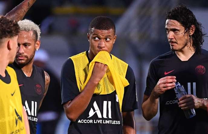 Au PSG, les titulaires possibles en attaque sont nombreux : Kylian Mbappé, champion du monde avec les Bleus, le Brésilien Neymar, l'Uruguayen Edinson Cavani, sans parler des Argentins Mauro Icardi et Angel Di Maria.