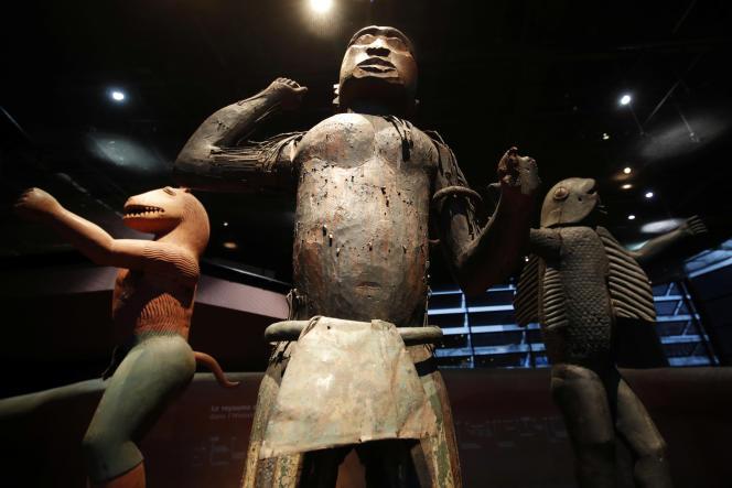 Des statues du royaume du Dahomey au musée du Quai Branly, à Paris, en novembre 2018.