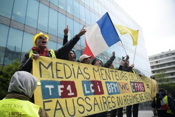 Le mouvement des « gilets jaunes » a porté la défiance du public envers les médias à de nouveaux sommets.