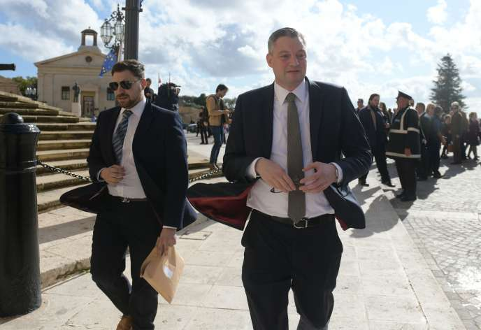 Le ministre maltais du tourisme, Konrad Mizzi, après avoir annoncé sa démission, à La Valette, le 26novembre.