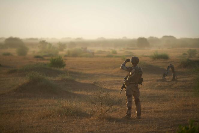 Lors d'une opération dans le nord du Burkina Faso, à la frontière avec le Mali et le Niger, le 10 novembre 2019.
