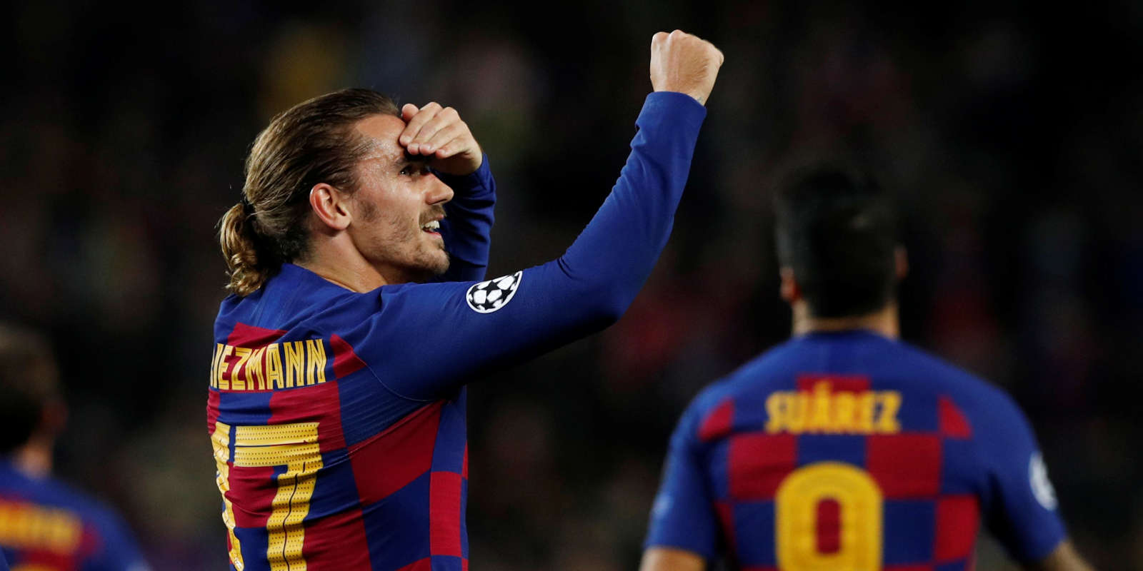 Soccer Football - Champions League - Group F - FC Barcelona v Borussia Dortmund - Camp Nou, Barcelona, Spain - November 27, 2019 Barcelona's Antoine Griezmann celebrates scoring their third goal REUTERS/Albert Gea