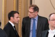 Emmanuel Macron et Philippe Grangeon lors d'une session du grand débatà l'Elysée, en mars.