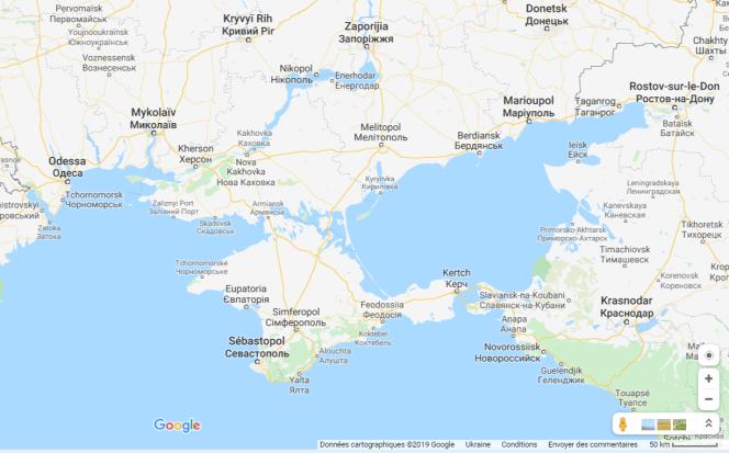 La Crimée vue depuis l'Ukraine (ou le reste du monde), par Google Maps. Frontière« régionale»et villes désignées à la manière ukrainienne.