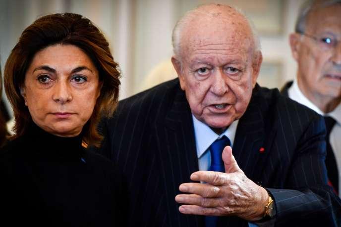 La présidente de la métropole Aix-Marseille, Martine Vassal, et le maire de Marseille, Jean-Claude Gaudin, à la mairie de Marseille, le 5 novembre.