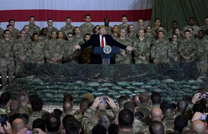 Le président Trump lors d'un discours devant des soldats américains dans un hangar de la base de Bagram en Afghanistan, le 28 novembre.