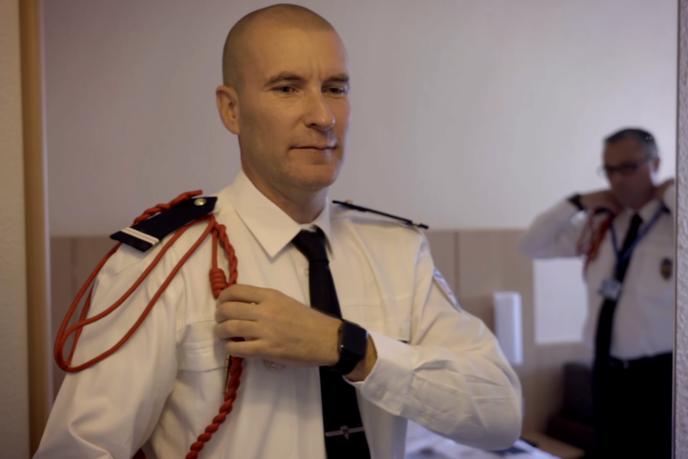 «Coming out dans la police», documentaire français de Cécile Patingre.