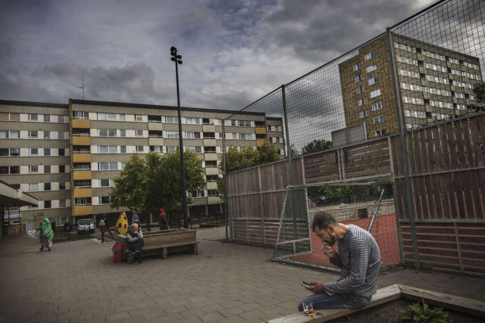 Des logements sociaux dans la banlieue de Froslunda, à Eskilstuna (Suède), en août 2018.