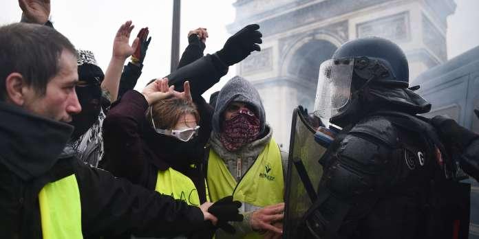 """« Le mouvement des """"gilets jaunes"""" apparaît comme l'expression de la classe ouvrière majoritaire dans le monde aujourd'hui »"""
