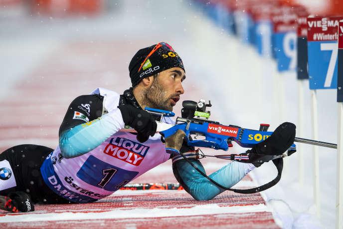 Martin Fourcade lors de l'épreuve de relais de laCoupe du monde de l'Union internationale de biathlon à Östersund en Suède, le 7 février.
