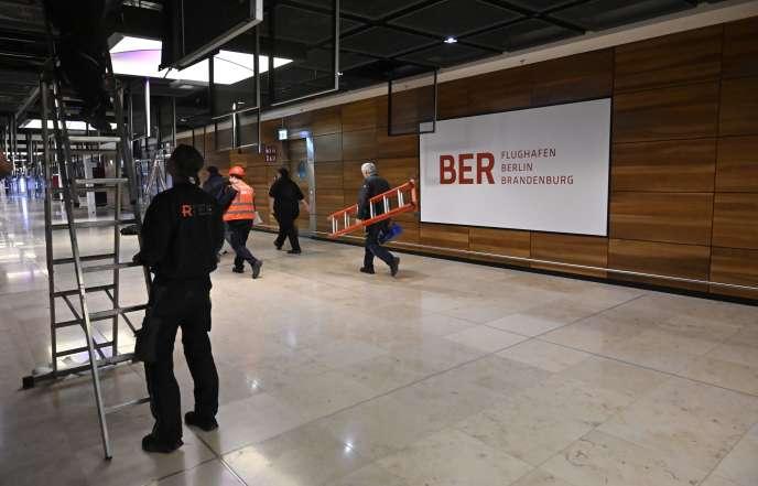Le chantier de l'aéroport deBerlin-Brandebourg Willy-Brandt, le 25 novembre, à Schönefeld (Brandebourg).