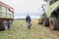 Quentin Le Guillous, agriculteur céréalier, à Saint-Lubin-de-la-Haye en Eure-et-Loir,le 29 novembre 2019.