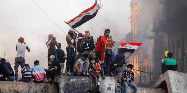 Irak: de nouvelles manifestations, malgré l'annonce de la démission du premier ministre