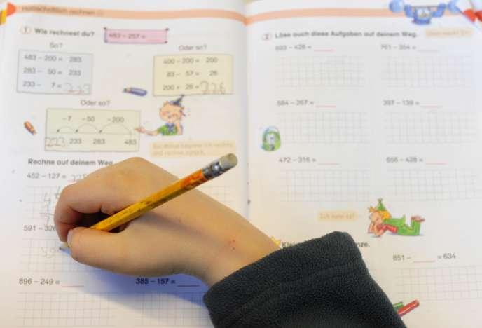 Lors d'un cours de mathématiques d'une école primaire deBerlin, en 2010.