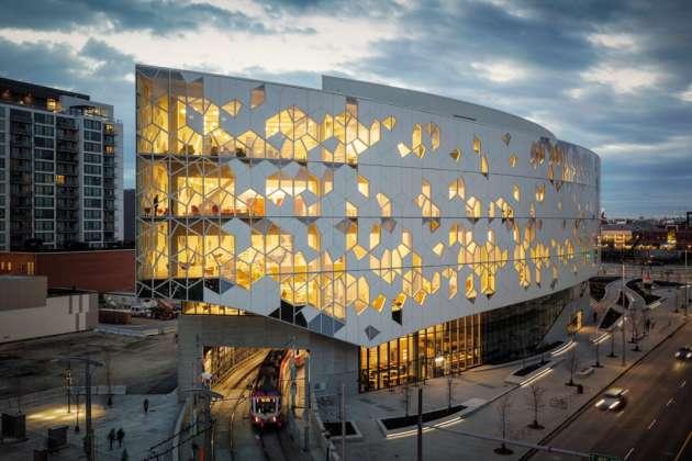 La bibliothèque centrale de Calgary au Canada.