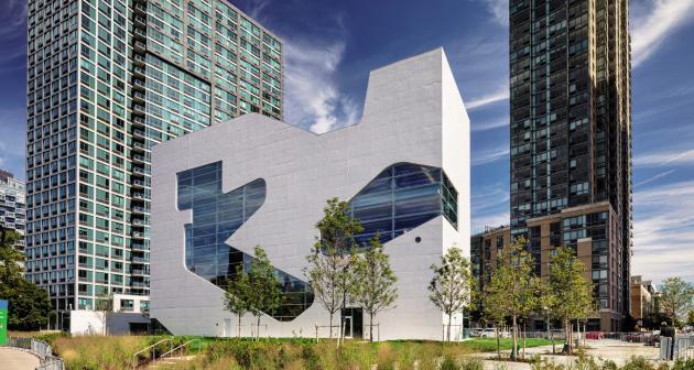 La toute nouvelle Hunters Point Library dans le Queens, à New York.