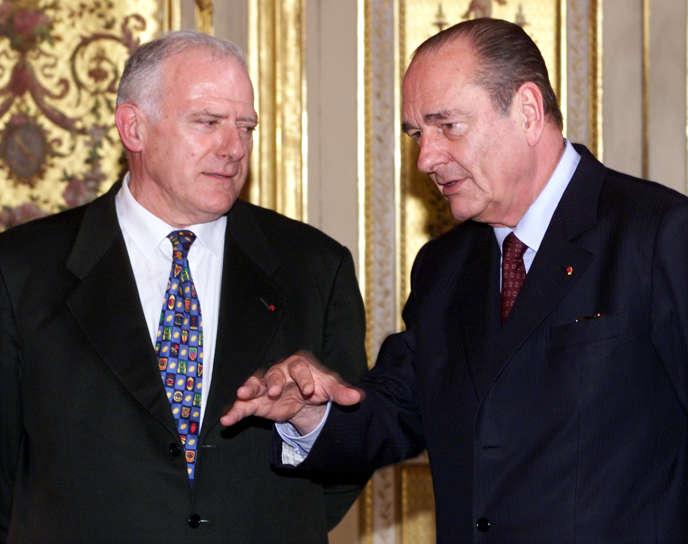 André Daguin en compagnie du président français Jacques Chirac à l'Elysée, le 21mars 2001.