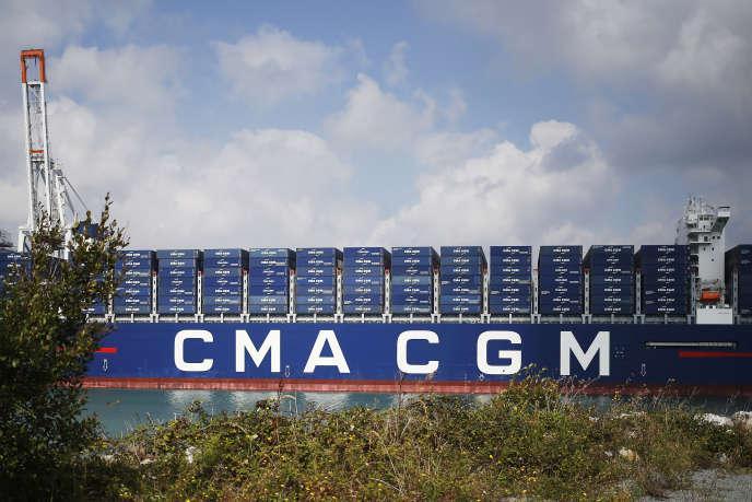 Le porte-conteneurs «Antoine-de-Saint-Exupéry» de la compagnie maritime française CMA CGM, au Havre, en septembre 2018.