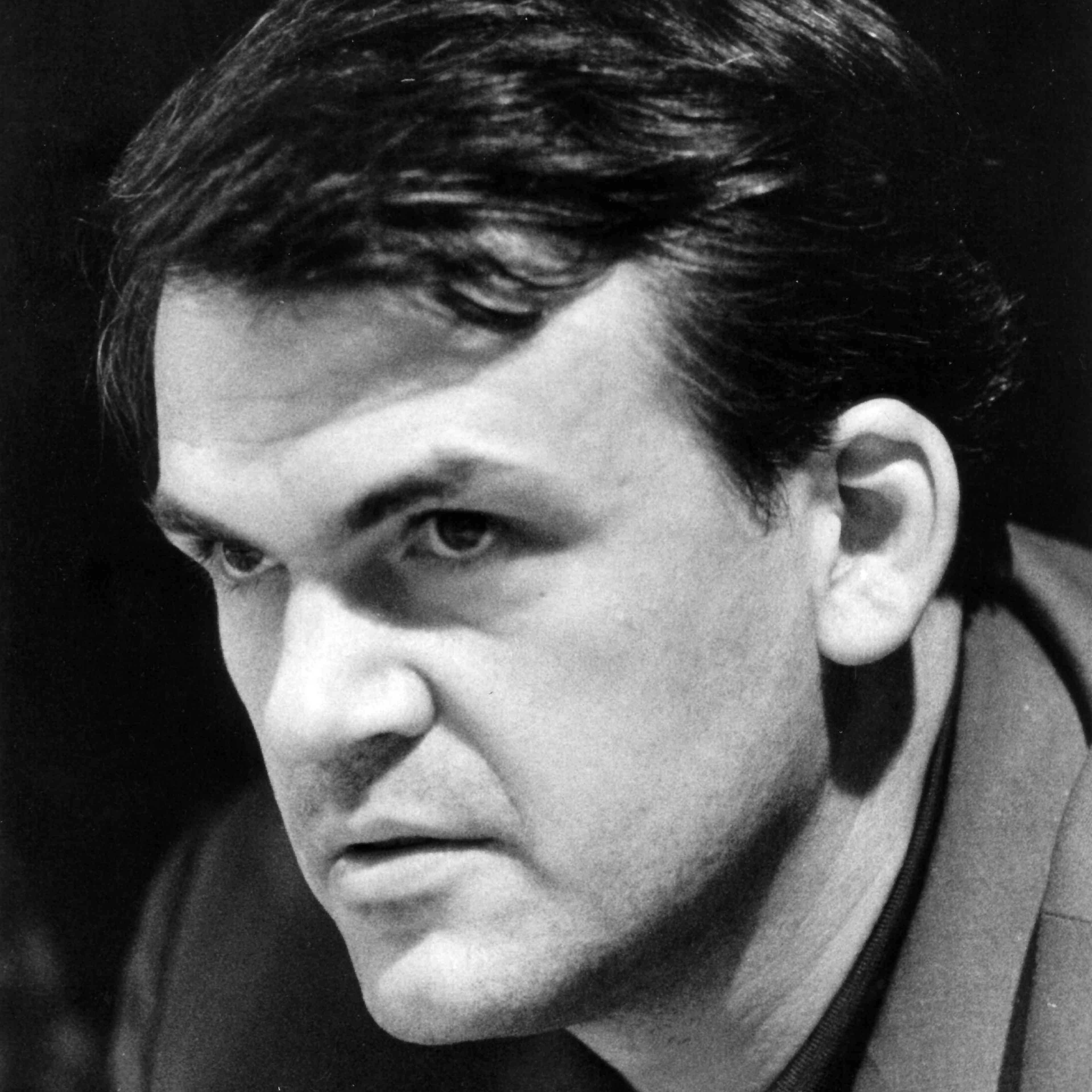 L'écrivain Milan Kundera, enjuin1967.