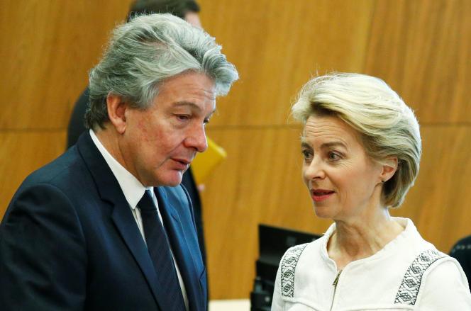 Thierry Breton et Ursula Von der Leyen, le 4 décembre à Bruxelles.