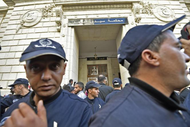 L'entrée du tribunal de Sidi M'hamed, dans le centre d'Alger, le 2 décembre 2019.